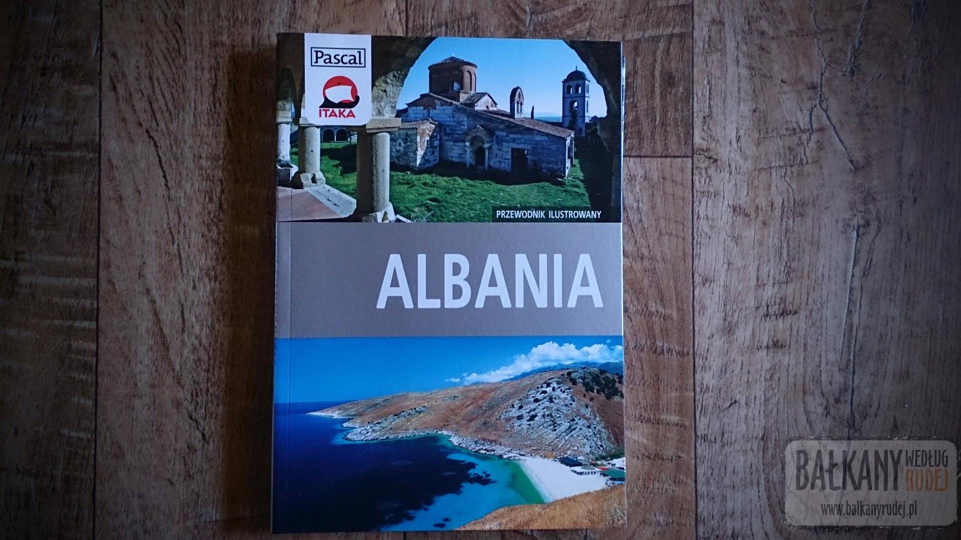 Albania w przewodnikach