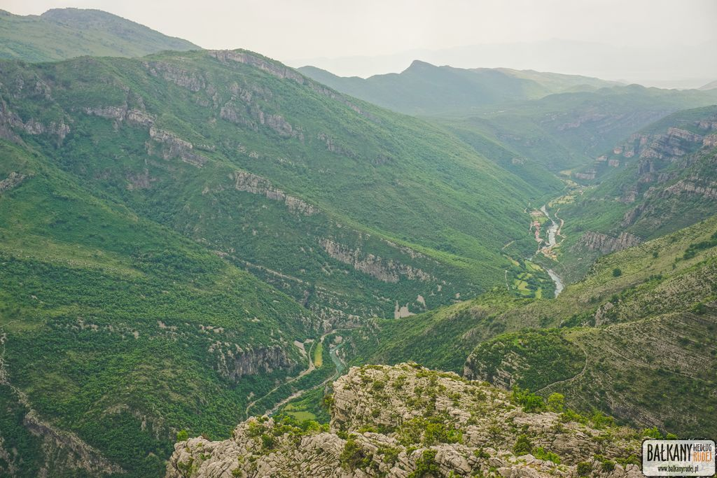 droga wokół regionu Korita