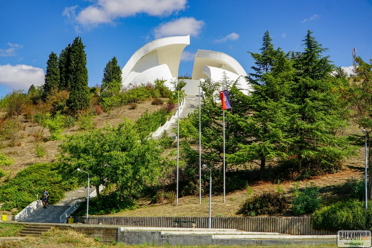 Pomnik Veles